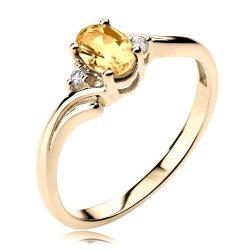 Pierścionek z różowego złota z szafirem i diamentami